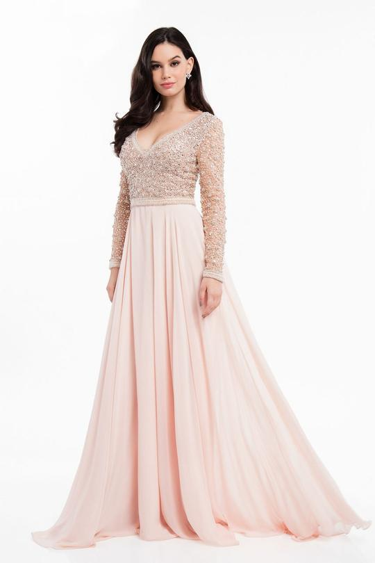 1821m7590 blush front 89986 1530546179 1280 1280 done 67900 540x